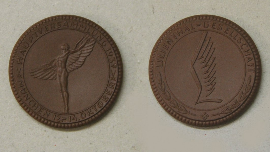 Medaille der Lilienthal-Gesellschaft (Otto-Lilienthal-Museum CC BY-NC-SA)